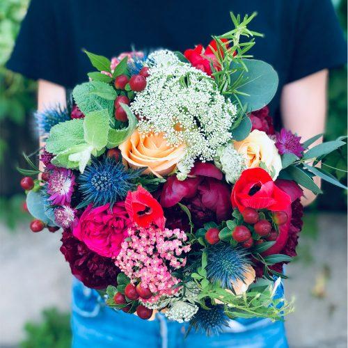 Buchet cu Bujori, Trandafiri si Anemone