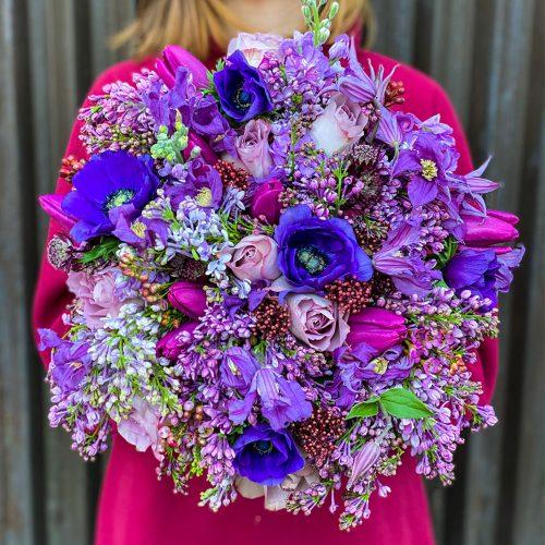 Buchet cu Anemone, Lalele si Trandafiri