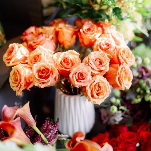 Trandafiri Portocalii Pentru Acasa